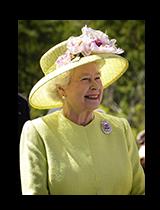 Image of Queen Elizabeth in yellow, smiling